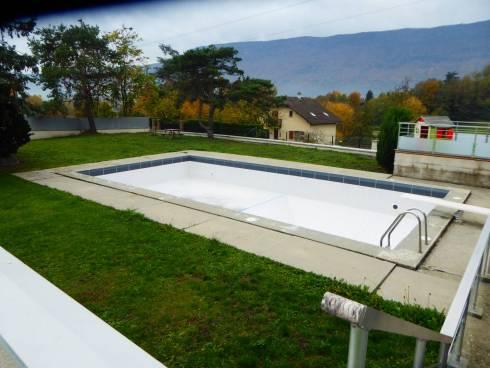 Viviers du Lac bel appartement duplex récent T5 avec piscine