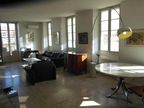 Dans une résidence historique, aux portes d'Annecy, appartement T5 duplex et grandes terrasses