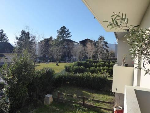 Chambéry bel appartement récent T3 belle terrasse