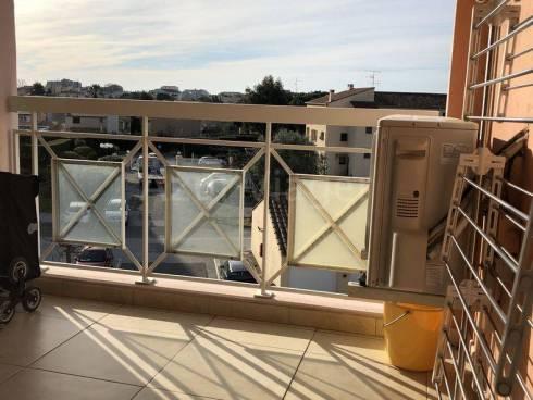 Appt T2 avec Terrasse + Garage et Place de Pk extérieure